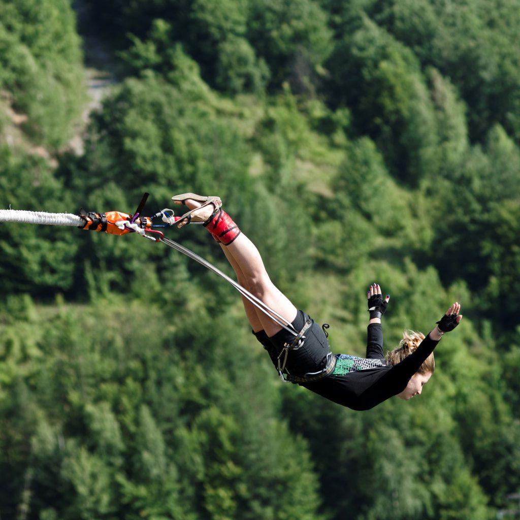 11-ти април – Бънджи скокове на Клисура