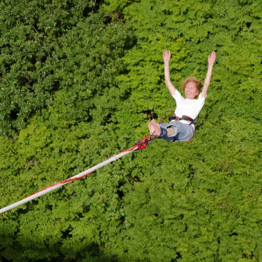 Ярки преживявания на Цветница – Бънджи скокове на Клисура!